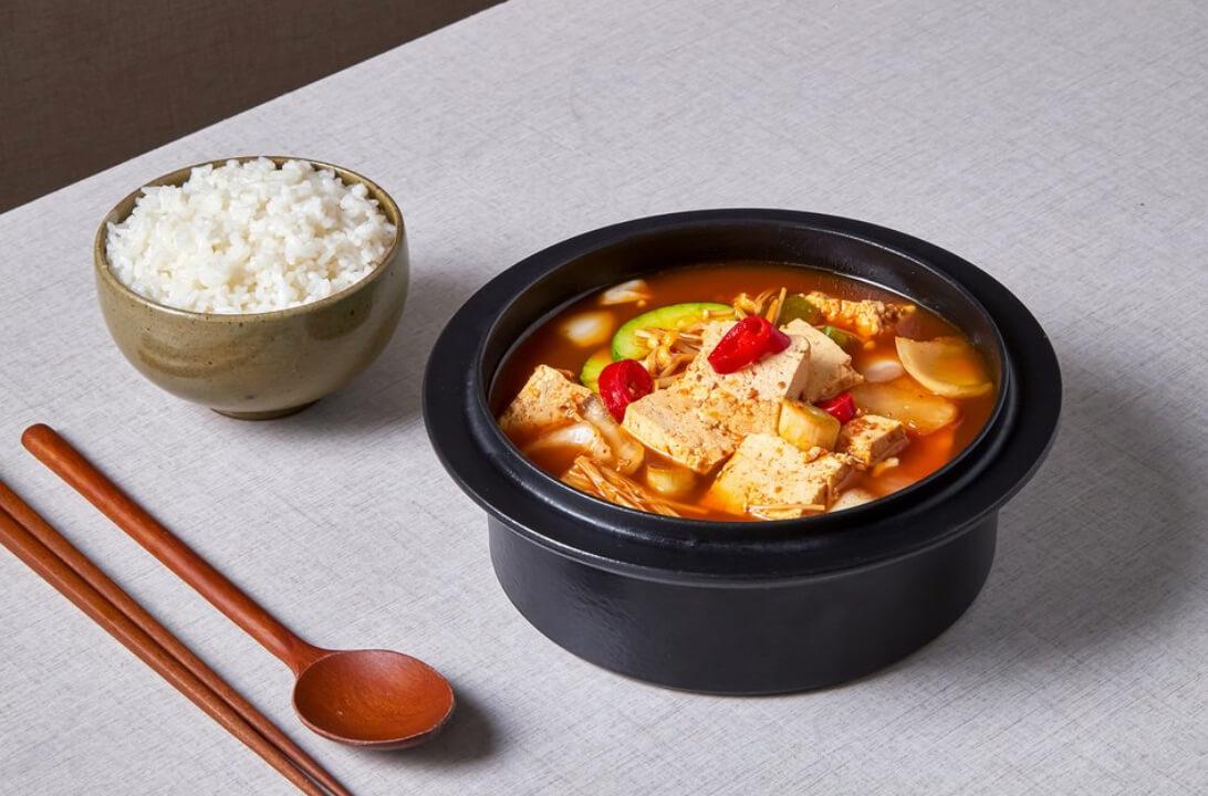 减肥快手菜之金针菇豆腐煲